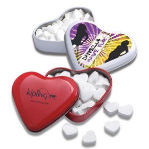 Herzdose mit Foto bedruckt und gefüllt mit Herzpfefferminzpastillen.