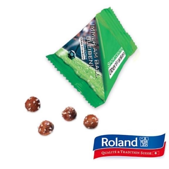 Pretzel Balls im Tetraeder mit Laugengebäck der Marke Roland. 8g verpackt in weißer Aromaschutzfolie. Die Folie kann individuell bedruckt werden nach Wunsch.
