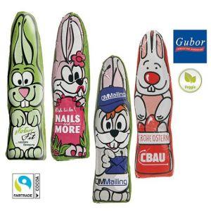 Schoko Osterhase flach und individuell bedruckt auf der Folie mit Logo als Werbegeschenk.