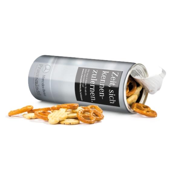 Snack Roll PET Dose mit Aufreissdeckel und Kunststoffdeckel zum Wiederverschließen. Mit individuellem Druck auf dem Sleef nach Wunsch.