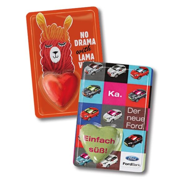 Sweet Card Herz individuell mit einem Schokoladenherz von Gubor und individuellem Werbedruck auf dem Deckblatt.