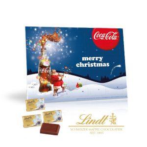 Der Tischkalender Lindt wird bedruckt auf allen Seiten des Kalenders. Gefüllt ist der Kalender mit Lindt Schokoladentäfelchen.