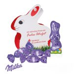 Der Werbe Osterhase ist eine Verpackung in Osterhasenform individuell bedruckt und süßer Füllung mit Milka Ostereier.