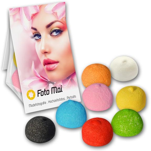 Der Marshmallow Promobag ist gefüllt mit bunten Marshmallows. Die aufgesetzte Werbekarte kann individuell bedruckt werden nach Wunsch.