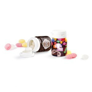 Weiße Kunststoffdose gefüllt mit Bonbons oder Pfefferminz und Mentos. Die rundum laufende Banderole wird individuell bedruckt.