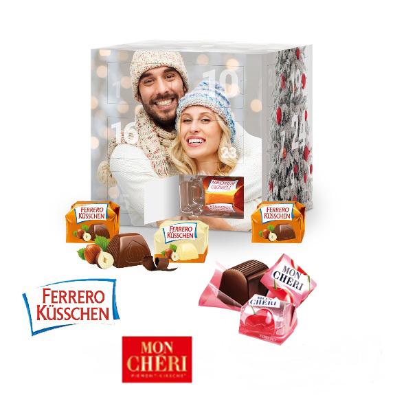 Der Adventskalender Würfel ist gefüllt mit Ferreo Küsschen oder Mon Chérie. Der Adventskalender Würfel wird auf allen Seiten nach Wunsch bedruckt.
