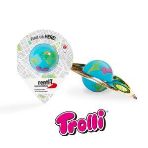 Fruchtgummi Weltkugel der Marke Trolli in runder Plastikkugel. Die umlaufende Banderole wird individuell bedruckt.